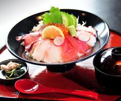 海鮮市場の食材を使った和食処「和ダイニングBan-ya」